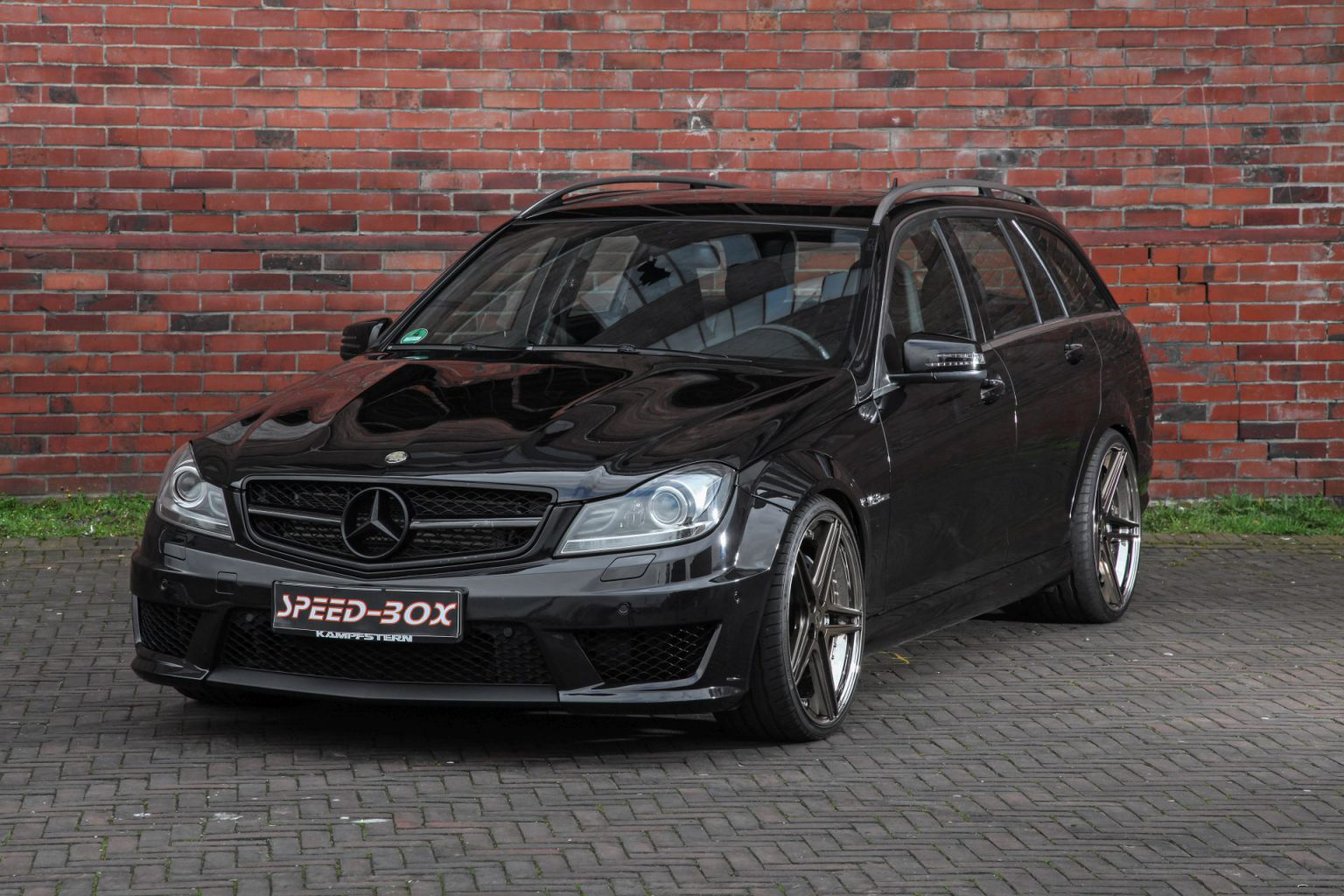mercedes c63 amg felgen by raceland fs line schmidt felgen. Black Bedroom Furniture Sets. Home Design Ideas