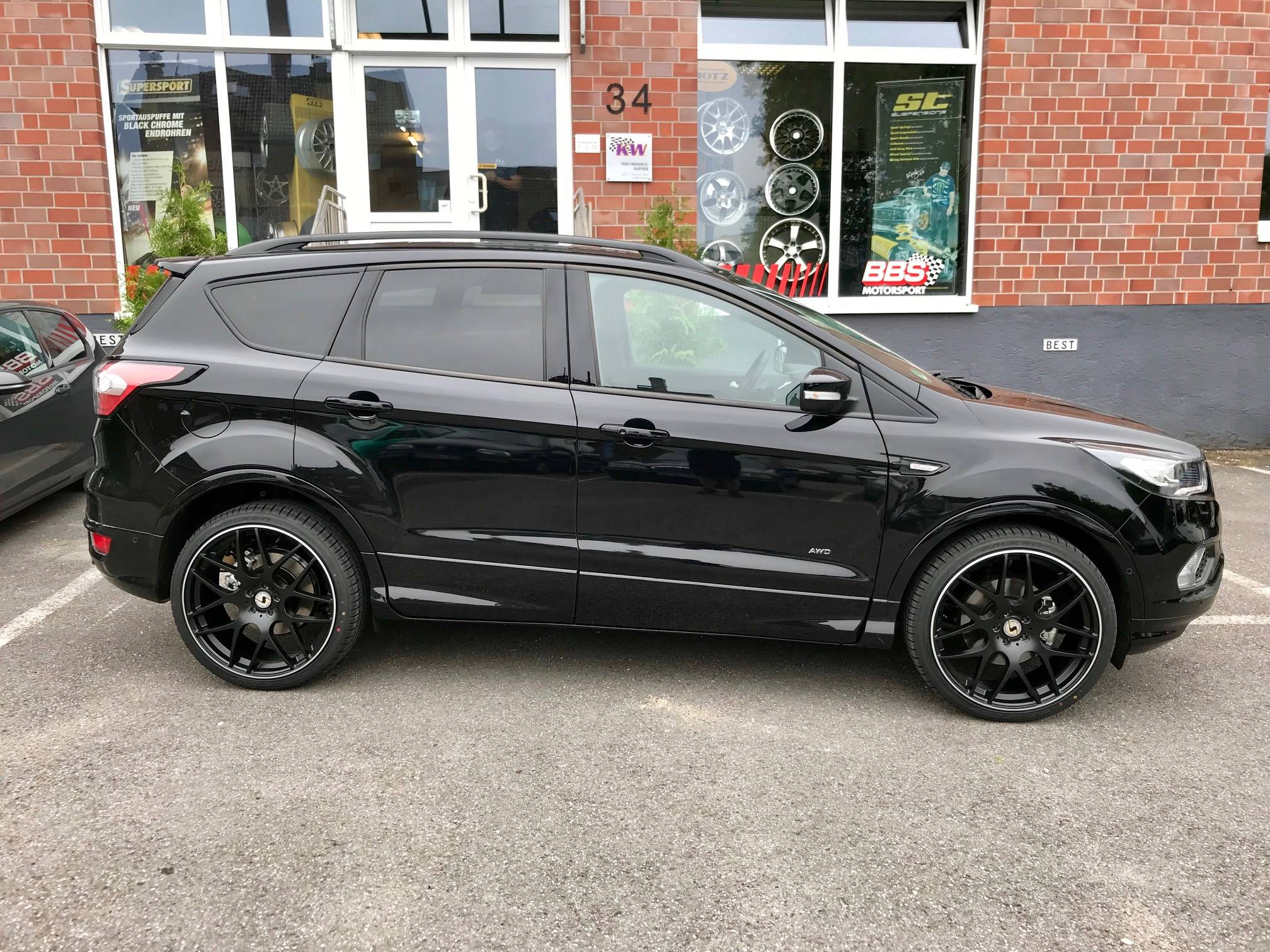 ford kuga typ dm2 facelift 21 alufelgen by best cars and. Black Bedroom Furniture Sets. Home Design Ideas