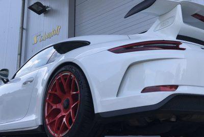 Porsche GT3 mit GA-Line Weisspak Zentralverschluss felgen